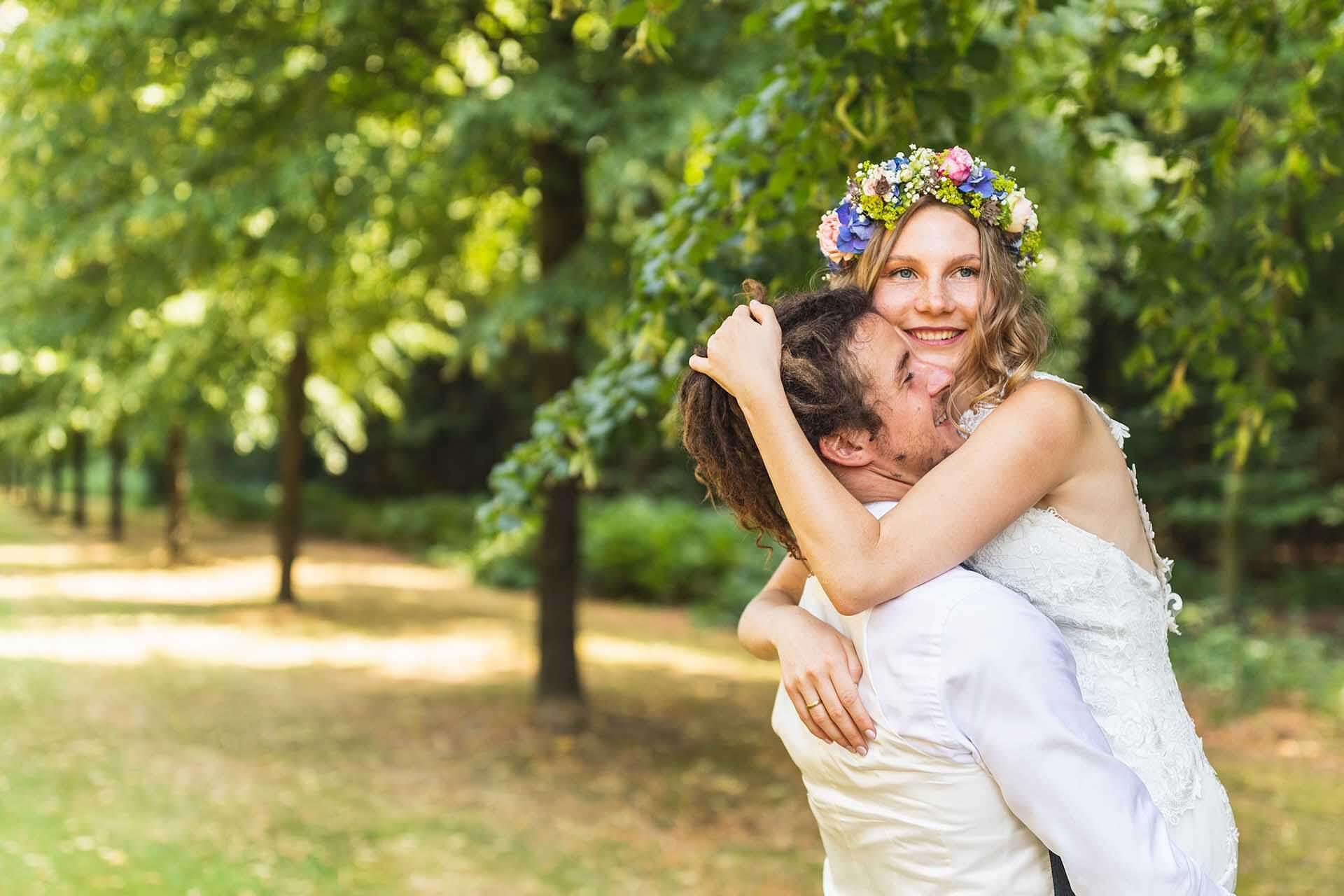 Brautpaarshooting Hochzeit Blumenkranz
