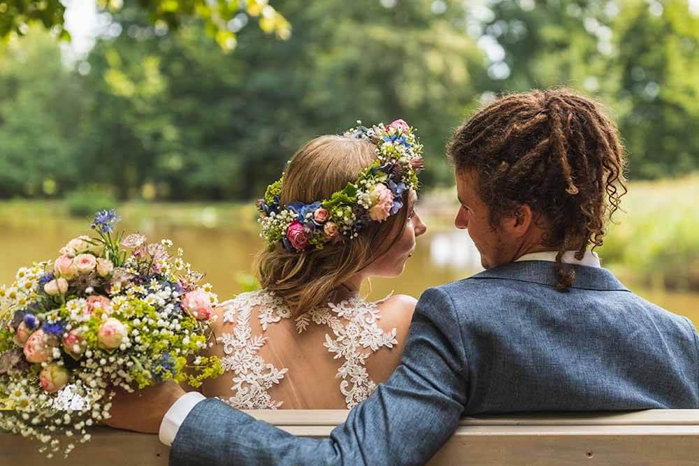 Hochzeitsfotograf Hannover Seelze Brautstrauß Blumenkranz