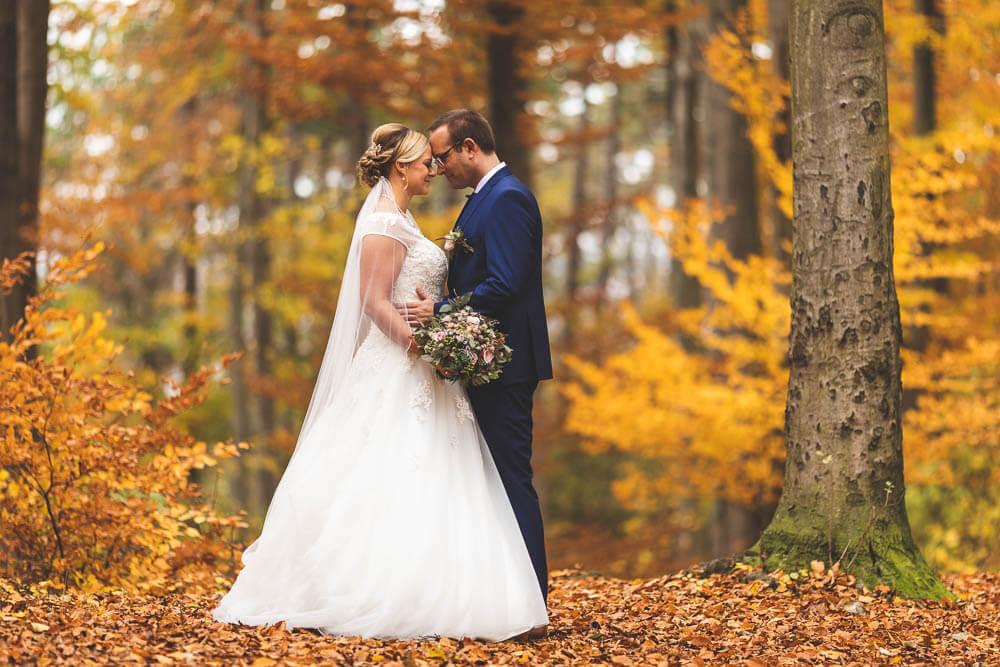 Brautpaar im Herbst Herbstfarben